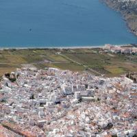 salobrena pueblo blanco y mar mediterraneo