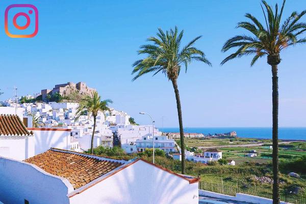 Vistas al Castillo y la vega de Salobreña. Calle Melaza. Salobreña. Salobreña Costa Tropical Andalucia España