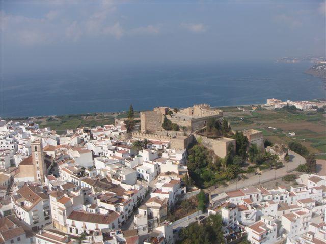 castillo y mar